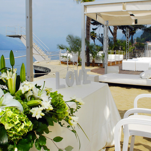 lake_como_beach_restaurant_wedding_004