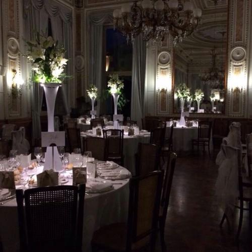 Luxury_Hotel_Royal_Hall_Setting