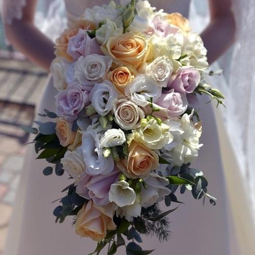 Lake_Como_Wedding_bridal_bouquet