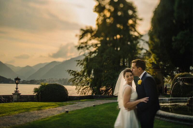 http://www.lakecomoweddingsandevents.com/wedding-boats/