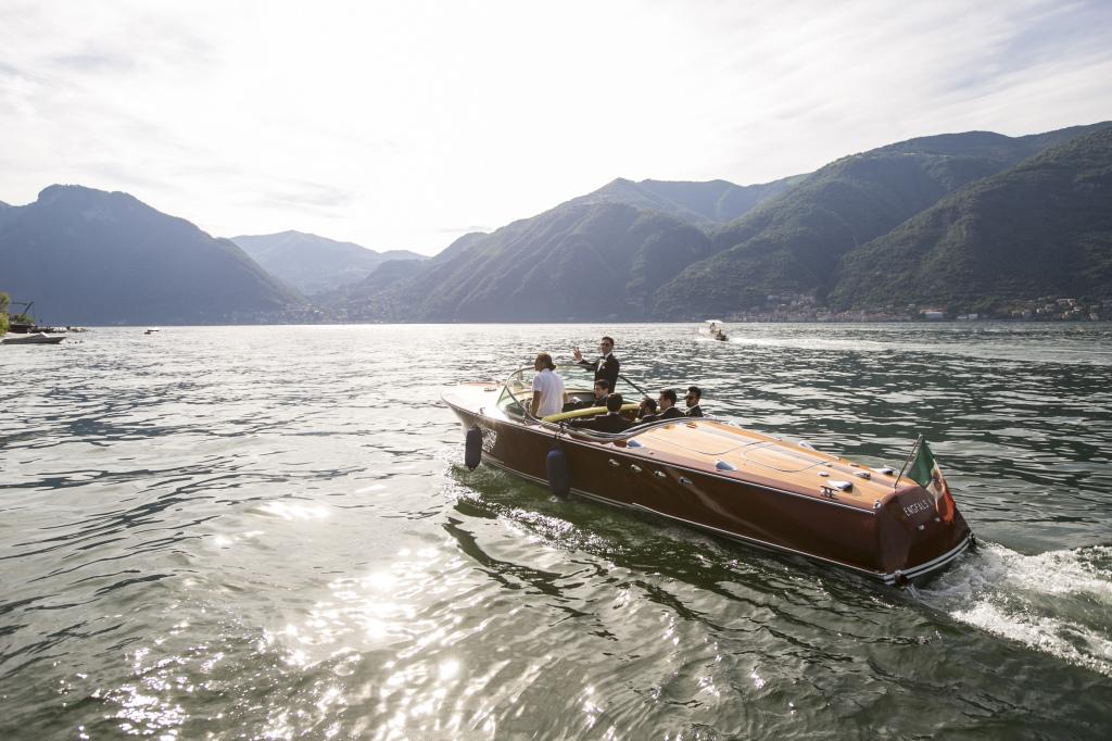 Lakecomoweddingsandevents_riva_boat