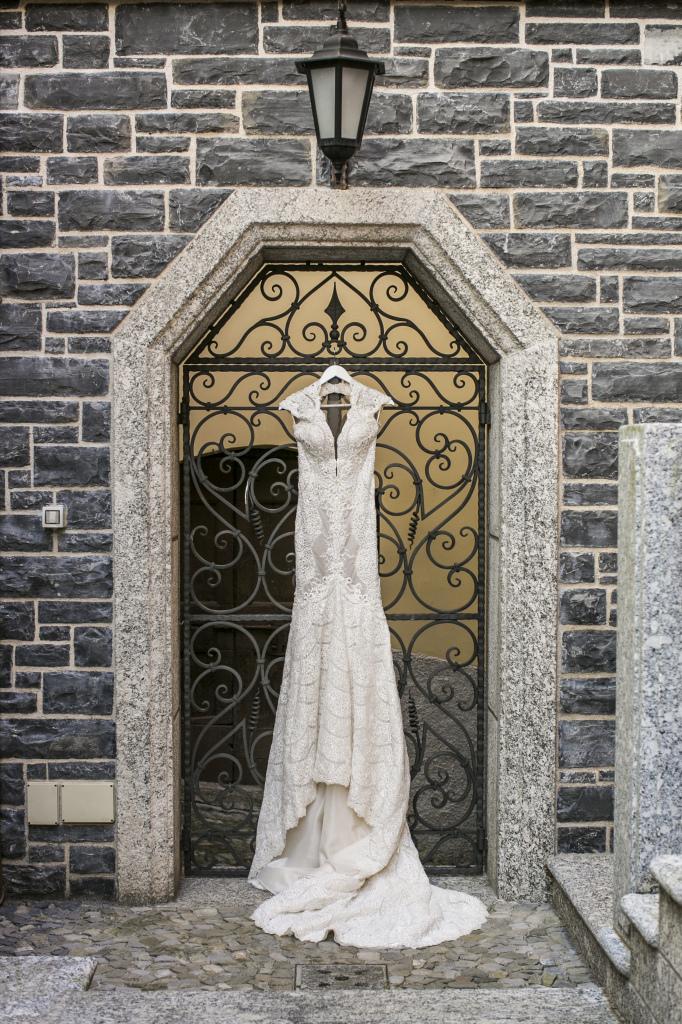 Lakecomoweddingsandevents_weddingdress